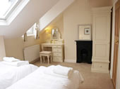 Riverside House York, Twin-bedded Ensuite Room